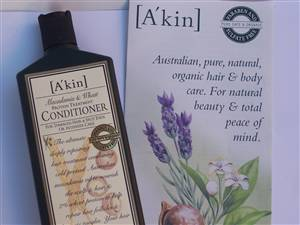 Akin Wheat & Macadamia Conditioner